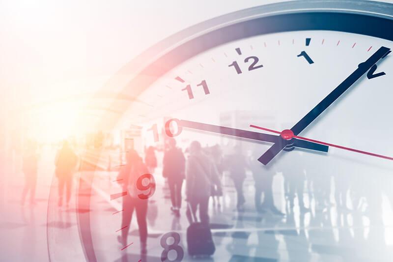 Individuelles Portfolio - Uhr zeigt an dass die Zeit läuft